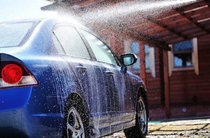 How to Keep Car Clean During Traveling on Road?