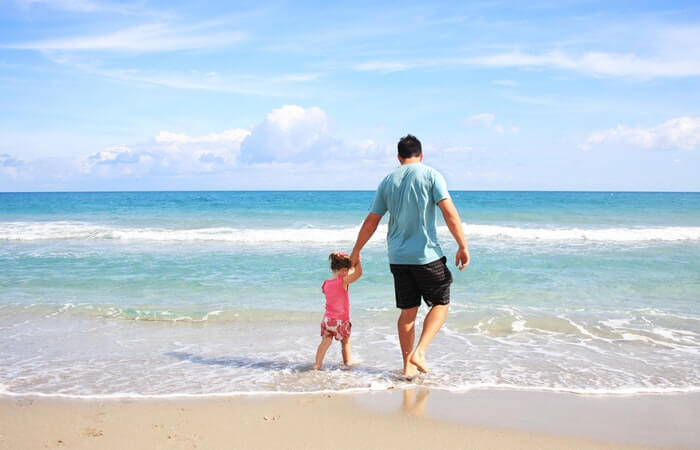 5 Tips for Surviving at the Beach With Your Kids