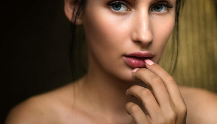 What Is a Tinted Moisturizer and What Are Its Benefits?
