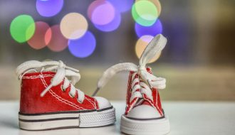 5 Pro Tips for Parents When Shopping for Kids Casual Sneakers Online