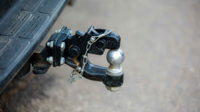 Selecting the Best Tow Bar for Your RV