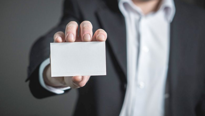 How Many Business Cards Should I Order? A Simple Guide