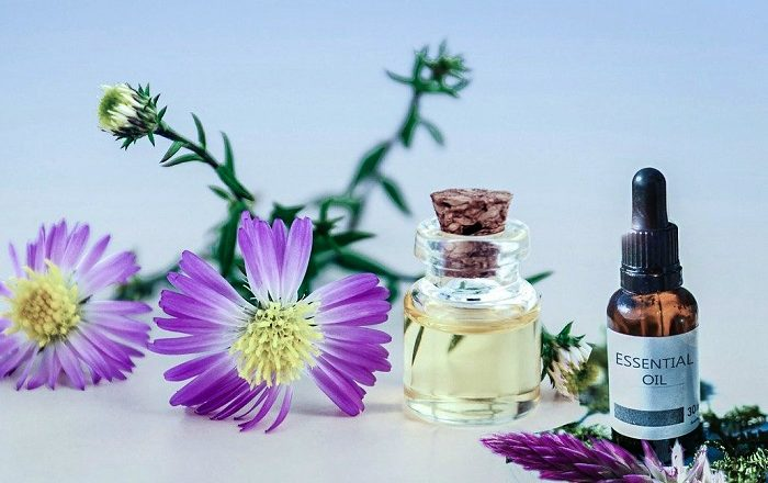 3 Reasons Why You Need to Start Using Essential Oils