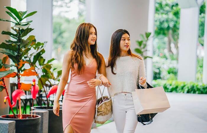 Shopping guide for women