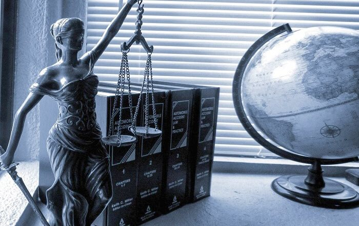 6 Critical Reasons You Need a Lawyer When Charged With a Crime in Knoxville