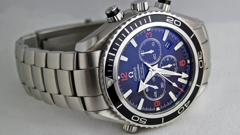 Top 5 Omega Watches Under 6,000USD You Can Buy Today