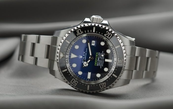 Rolex or Omega: Which Should Be Your First Luxury Watch?