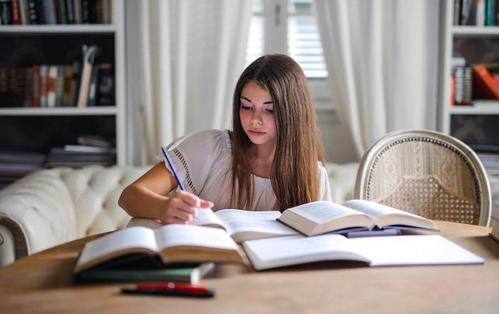 How to Write a Book While Studying in College?