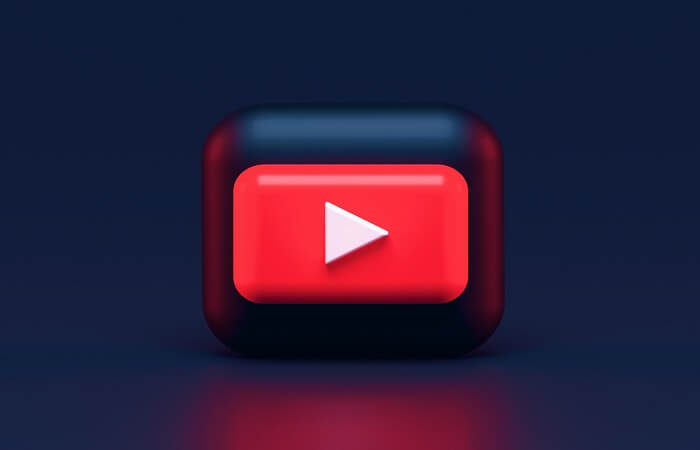Why Influencers on YouTube Use Live Streams