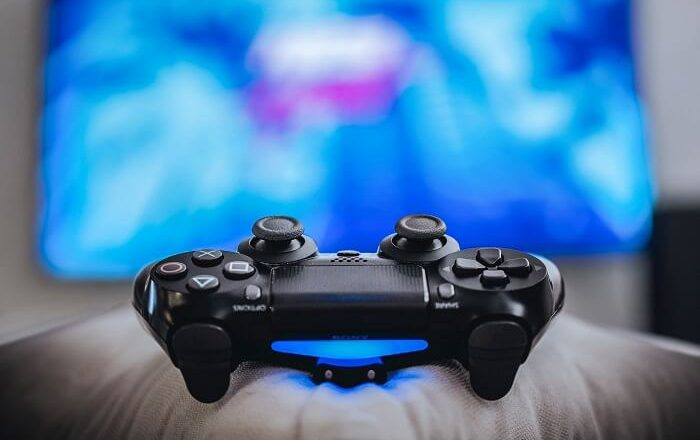 What It Takes to Be a Live Streaming Gamer on Twitch?
