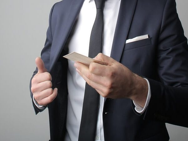 8 Ways To Make Your Business Cards Unforgettable